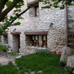 Casa Rural Rio Zambullon (La Rioja)
