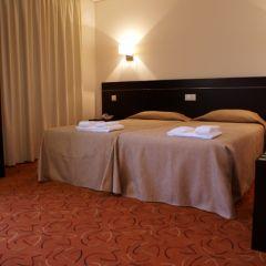Hotel 13 De Outubro (Santarém)