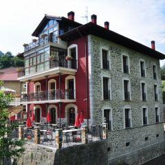 La Casa Del Puente (Cantabria)