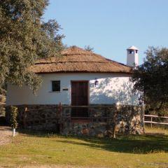 Chozos De La Dehesa (Badajoz)